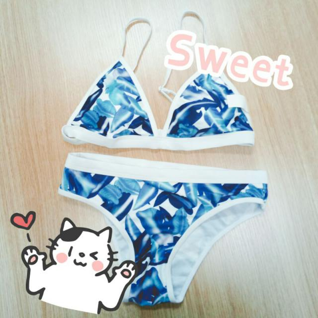 This bikini reminds me my summer time. The beautiful sea we have seen, and the warm summer beach we lay on. Just a great