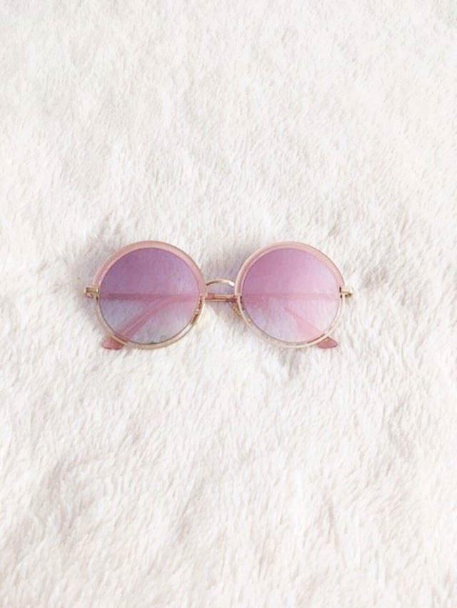 My blog www.xthy.blogspot.com Sunglasses : Zaful.com