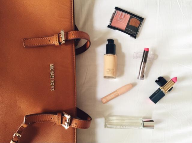 My everyday essentials that I absolutely can't do without. ❤️