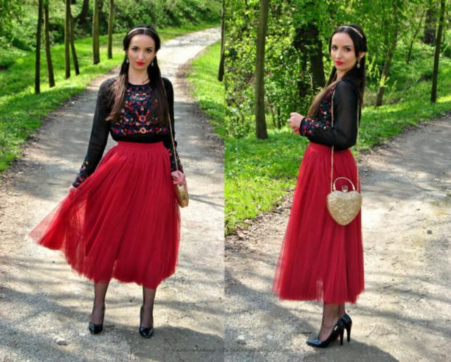 #romantic #style #myfashion #embroidered #blouse #tulleskirt