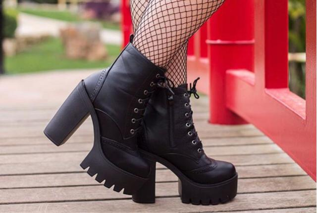 Rock with these boots! @miriamzakharova