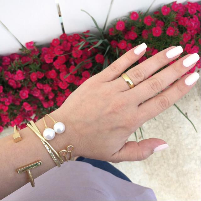 In love with this bracelets mix! Perfect combo to accessorize your outfit of the day! #bracelets