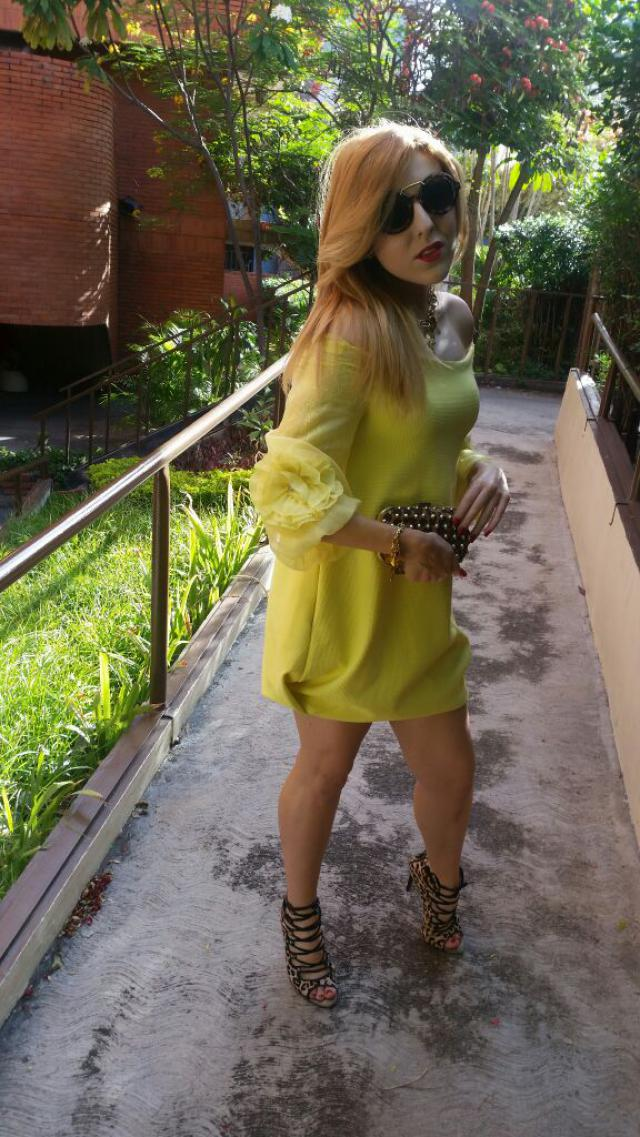 I love the colour yellow and you ??