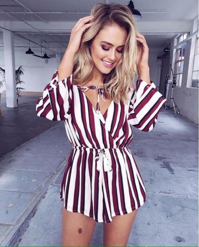 Find the stripe that perfectly suits you! Browse Zaful collection of striped women's clothing.