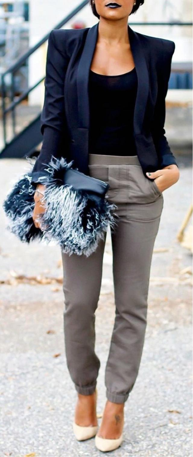 Wow it's perfect office look! #style #officelook #blazer #elegant
